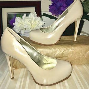 Guess  beige hidden platform shoes